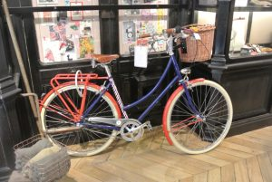 Theblue white and red bicycle was my first choice at 880€