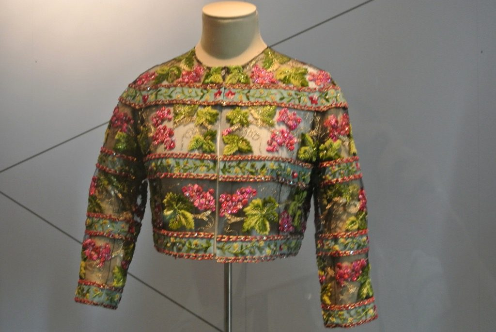 Balenciaga lace top ordered by Grace d Monaco and Countess von Bismarck