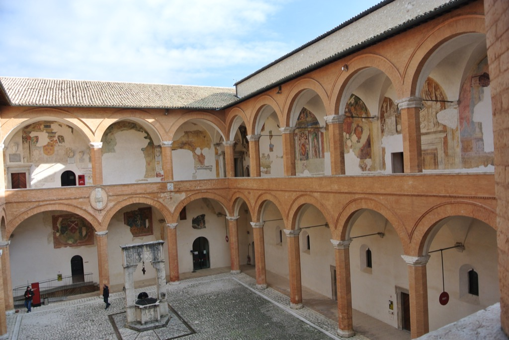 In Spoleto, the fort of la Rocca shows the garner an dower of the Lombards