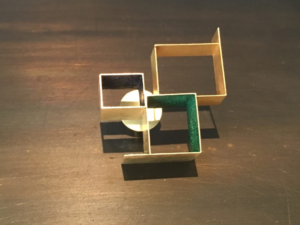 Broach in gold and green pigment
