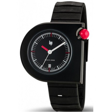 You can still find Roger Tallon watches such as this one on the net