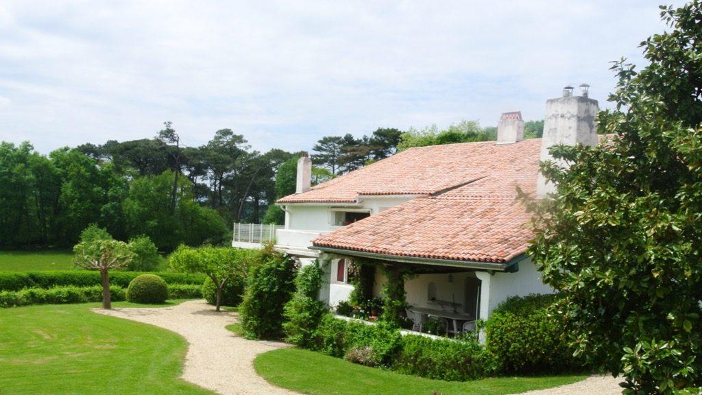 The beautiful 1930 farm house Martienea