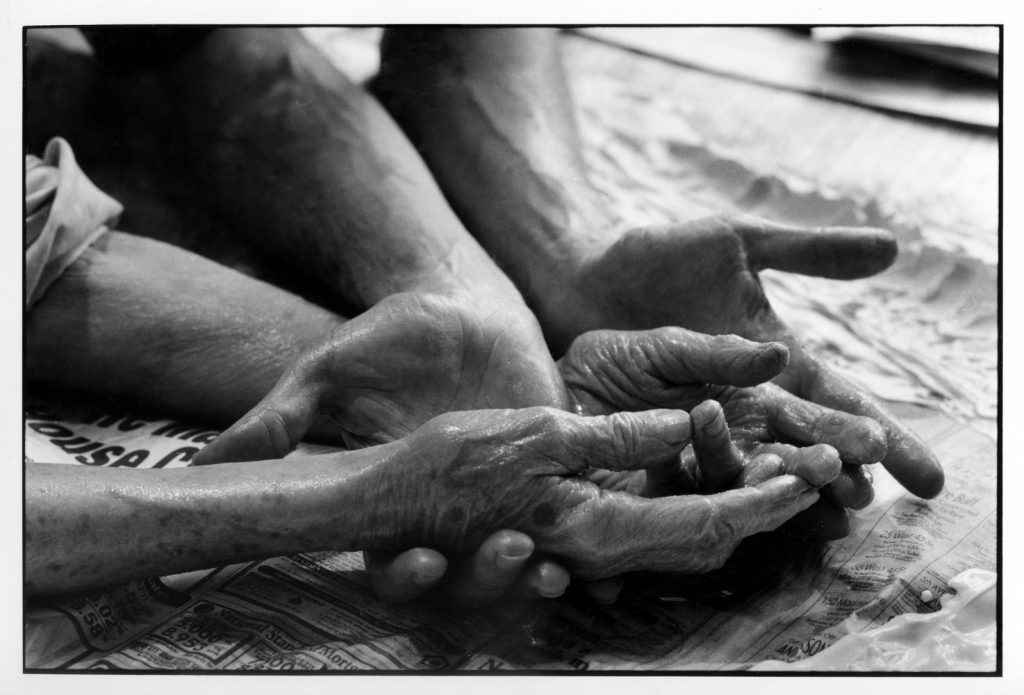 "Brooklyn 1995, ""Les Mains"", Her extraordinary hands, ©-Jean-François Jaussaud"