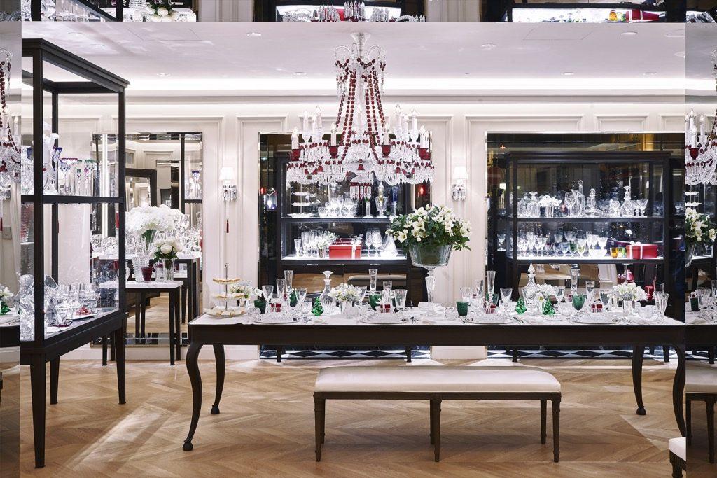 Inside the new Saint Honoré shop, photo Laurent Parrault
