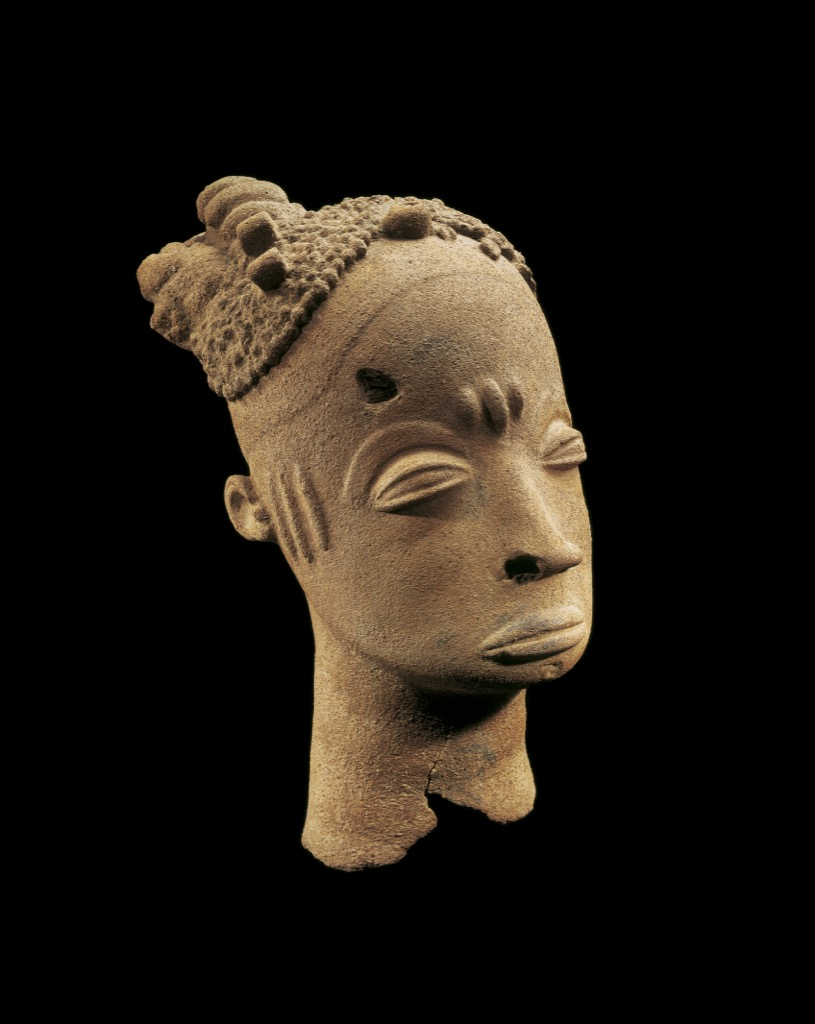 Akan-Ghana, Head, terra cotta, 18 th century