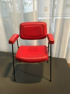 """One of his early leather chair """"Bridge"""", 1958"""