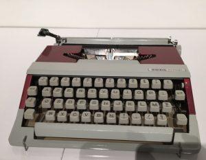 Japy typewriter in 1963